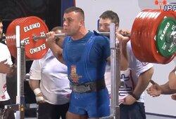 A.Paulauskas tapo pasaulio jėgos trikovės vicečempionu, krito du planetos rekordai