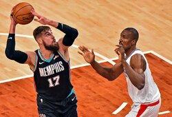 """J.Valančiūnas svariai prisidėjo prie """"Clippers"""" sutriuškinimo"""