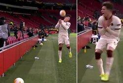 """Kamuolius padavinėjusio vaikino nervai neatlaikė: sviedė kamuolį į """"Romos"""" žaidėją"""