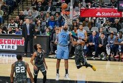 NBA: J.Valančiūnas lemiamą bloką atliko pažeisdamas taisykles