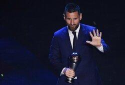 FIFA apdovanojimai: rekordinį kartą geriausiu metų futbolininku paskelbtas L.Messi, pristatyta ir pirmoji istorijoje geriausia moterų komanda