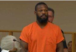 TMZ: J.Jonesas pripažino savo kaltę, jo laukia apykojė, viešieji darbai, ambulatorinis gydymas ir jokios galimybės klysti