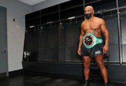 """M.Tysonas dėkoja J.Paului už atėjimą į boksą: """"Boksas buvo mirštantis sportas, o UFC spardė mums užpakalius"""""""