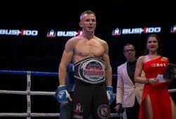 """Neprireikė nė 2 minučių: Ž.Ramaška – naujasis """"MMA Bushido"""" pasaulio čempionas"""