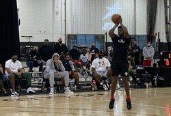 """""""Lakers"""" žvaigždės stebėjo kylančio talento treniruotę"""