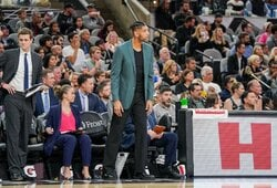 """""""Spurs"""" vairą perėmęs T.Duncanas patyrė pralaimėjimą"""