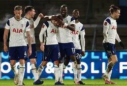 """Per 6 minutes 3 įvarčius pelnęs """"Tottenham"""" žengė į kitą FA taurės etapą"""