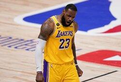 """L.Jamesas su """"Lakers"""" sudarė įspūdingos vertės sutartį"""