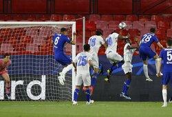 """""""Chelsea"""" atsakomosiose rungtynėse patyrė nesėkmę, tačiau iškovojo bilietą į Čempionų lygos pusfinalį"""