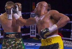 Po 15metų pertraukos į boksą sugrįžusi MMA legenda A.Silva nugalėjo profesionalų boksininką J.C.Chavezą
