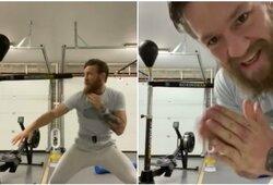 Naujausioje C.McGregoro treniruotėje – paslėpta žinutė bokso žvaigždei?