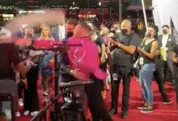 MTV apdovanojimuose įsiplieskė C.McGregoro ir JAV reperio konfliktas: prireikė apsaugos įsikišimo