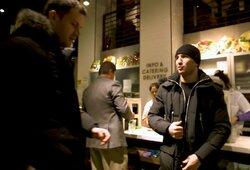 Linksmas epizodas Niujorke: piniginę pamiršęs E.Kavaliauskas prabilo lietuviškai
