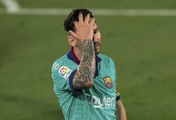 """Barcelona"" nusprendė sumažinti L.Messi algą"
