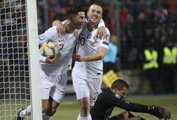 """Liuksemburgo stadioną sukritikavęs C.Ronaldo: """"Sudėtinga žaisti tokio tipo aikštėse, kurios yra panašios į bulvių lauką"""""""
