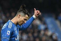 C.Ronaldo sesuo pasidalijo nuotrauka iš sporto salės: futbolininko kūnas – idealiausios formos