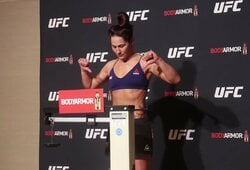 """""""UFC 245"""" svėrimai: patvirtintos visos trys titulinės kovos, nuogai išsirengusi J.Eye praras net 30 proc. uždarbio"""