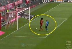 """""""Bayern"""" talentas apsijuokė: nepasinaudojo proga įmušti iš kelių metrų"""