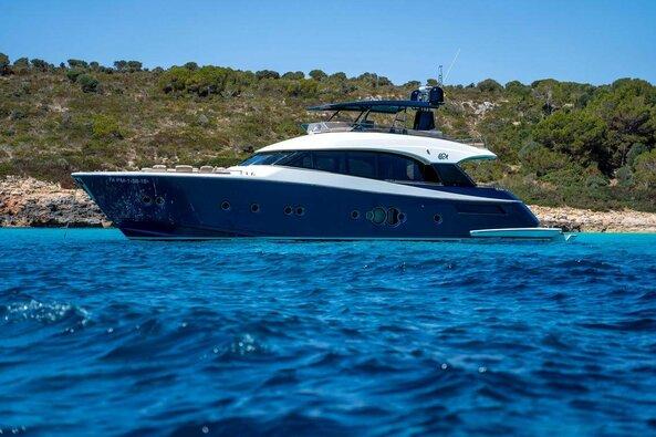 Rafaelio Nadalio parduodama jachta