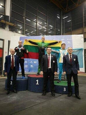 Lietuviai pasaulio svarsčių kilnojimo čempionate