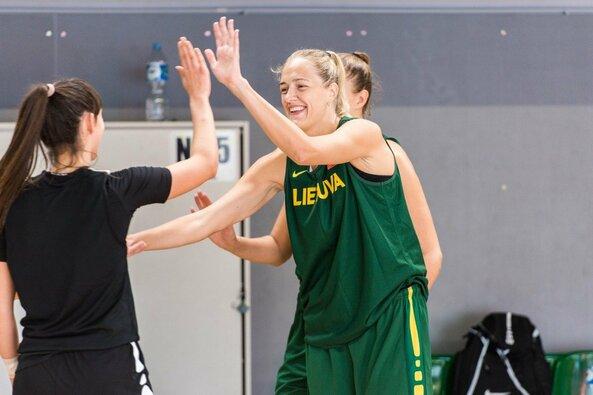 Bendra Lietuvos jaunučių ir moterų krepšinio rinktinių treniruotė