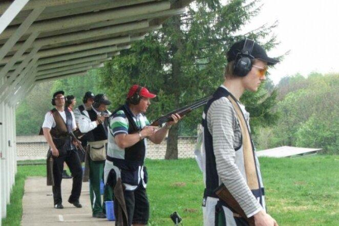 Šaudymas į skrendančius taikinius | shooting.lt nuotr.