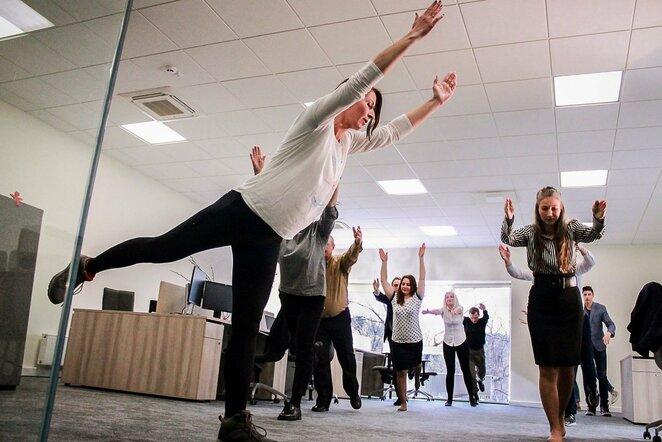 Fizinis aktyvumas biure | Organizatorių nuotr.