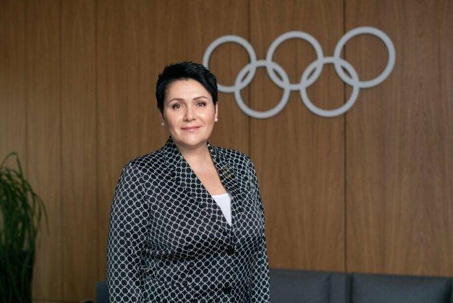 Olimpinė čempionė Lietuvos tautinio olimpinio komiteto (LTOK) prezidentė Daina Gudzinevičiūtė ketvirtadienį išrinkta Europos olimpinių komitetų asociacijos (EOK) viceprezidente.  Graikijos sostinėje Atėnuose vykstančioje EOK Generalinės asamblėjos ir rink | Martyno Zarembos nuotr.