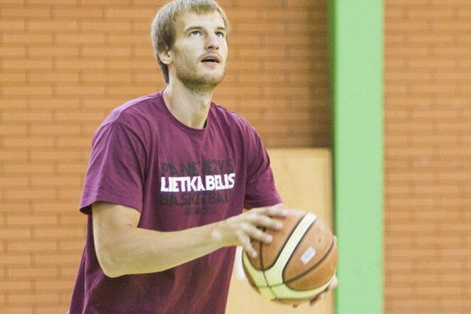 Valeika Karolis Kavolėlis (www.kavolelis.lt)