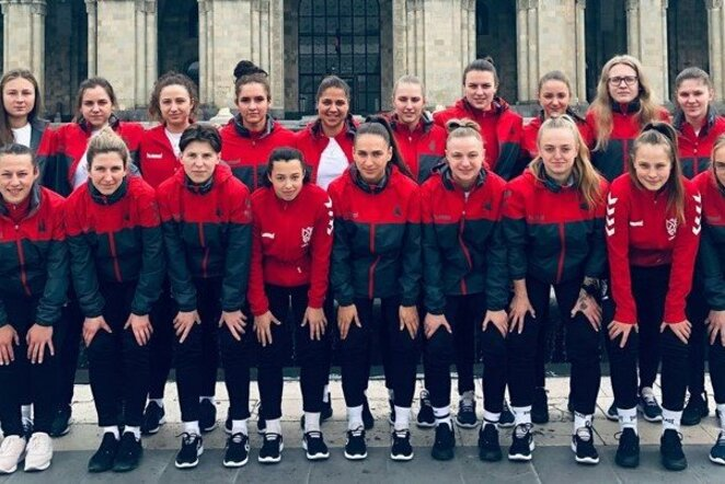 Lietuvos moterų futbolo rinktinė Armėnijoje | LFF nuotr.