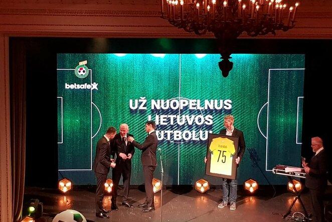 Benjamino Zelkevičiaus pagerbimas futbolas.lt nuotr.