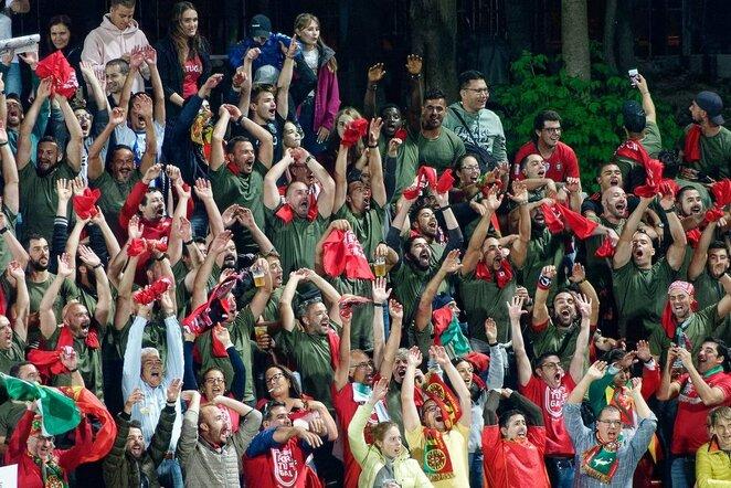 Portugalijos rinktinės sirgaliai LFF stadione   Sportas.lt/Tito Pacausko nuotr.