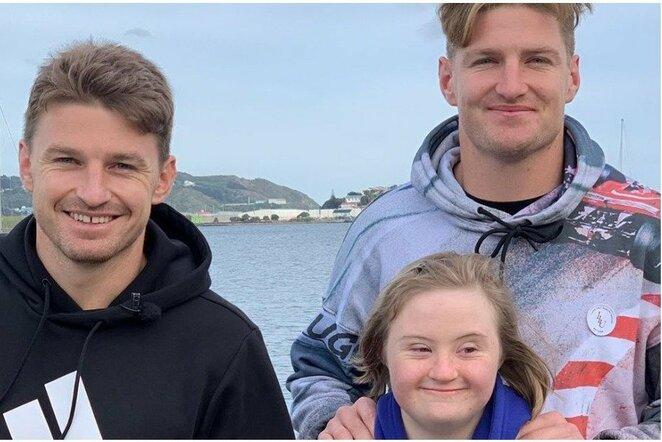 Broliai pristatė Dauno sindromą turinčią seserį | Instagram.com nuotr