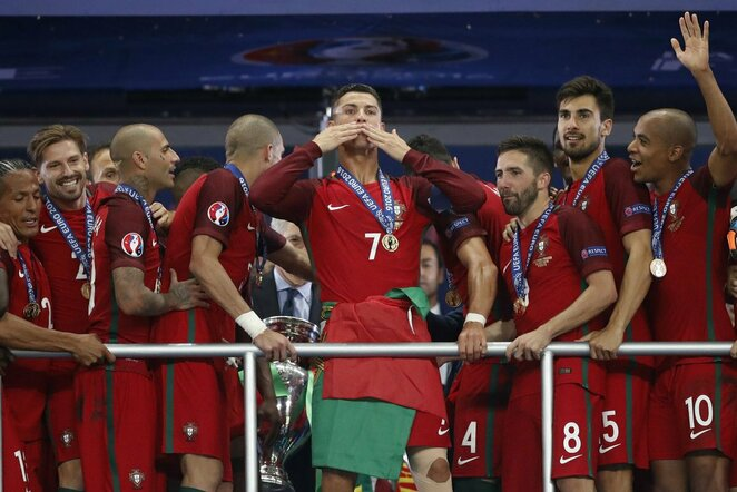 Portugalijos rinktinės triumfas Euro 2016 finale   Scanpix nuotr.