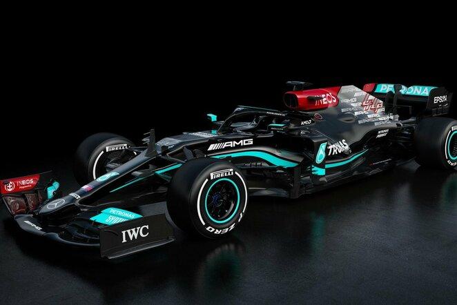 """Mercedes F1 W12"" | Instagram.com nuotr"