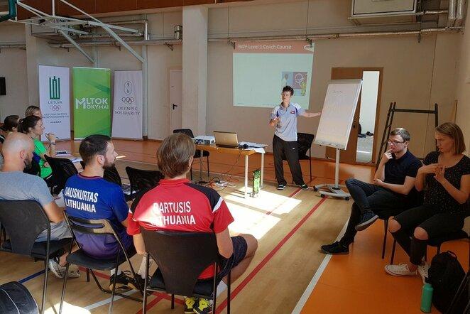 Aukščiausio lygio ekspertė dalinasi patirtimi su Lietuvos badmintono treneriais | Organizatorių nuotr.