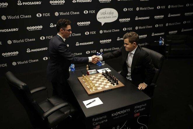 Magnusas Carlsenas prieš Fabiano Caruaną | Scanpix nuotr.