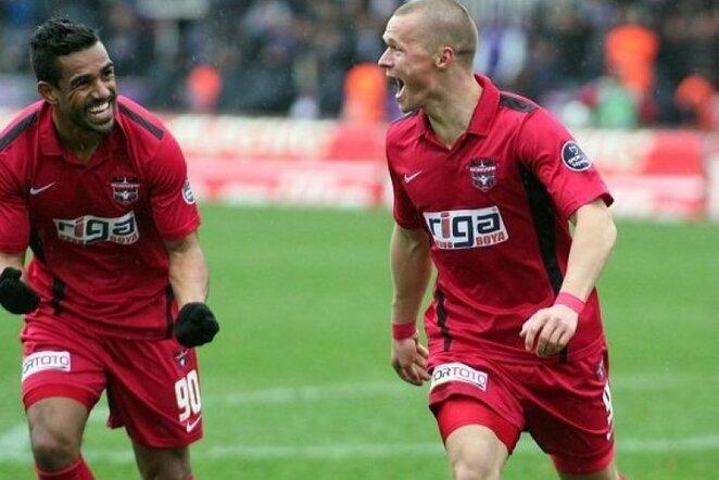 Darvydas Šernas džiaugiasi savo įvarčiu | www.gaziantepspor.org.tr nuotr. Ivartis.net