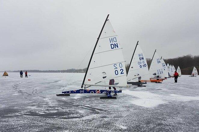Ledo jachtų lenktynės   Organizatorių nuotr.