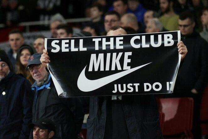 """Newcastle United"" fanų žinutė | Scanpix nuotr."