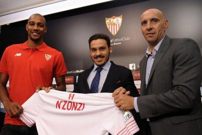 Stevenas N'Zonzi karjerą tęs Ispanijoje | AFP/Scanpix nuotr.