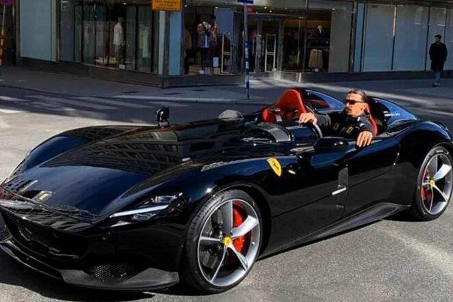 "Zlatano ""Ferrari Monza SP2"" | Instagram.com nuotr"