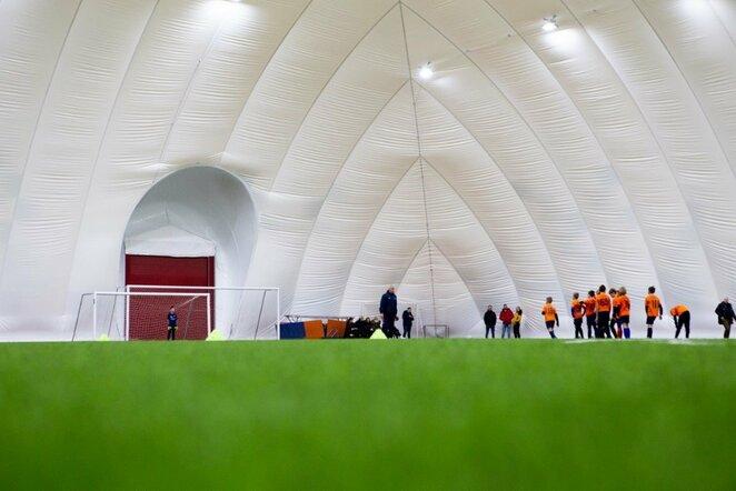 Naujasis futbolo maniežas Kaune Mariaus Vizbaro / BNS foto nuotr.
