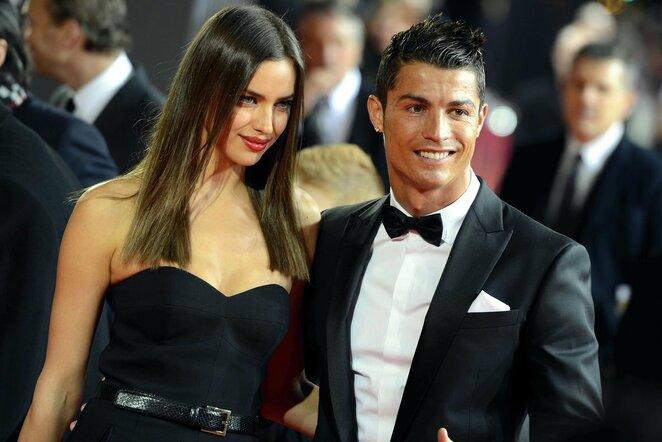 Irina Shayk ir Cristiano Ronaldo 2013-aisiais | Scanpix nuotr.