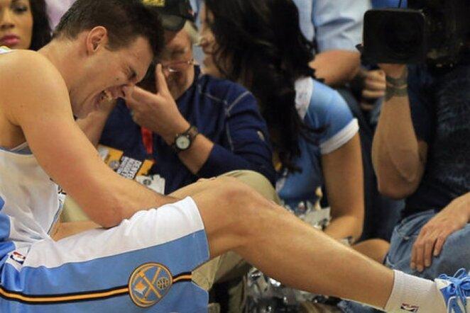 Krepšininkas sveiksta po kelio traumos (Scanpix nuotr.)