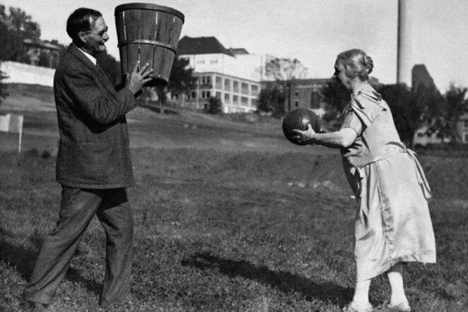 Jamesas Naismithas su žmona | Organizatorių nuotr.