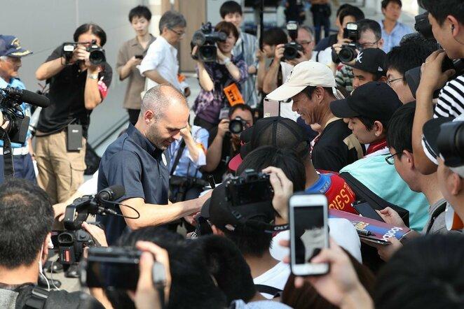Andresas Iniesta atvyko į Japoniją | Scanpix nuotr.