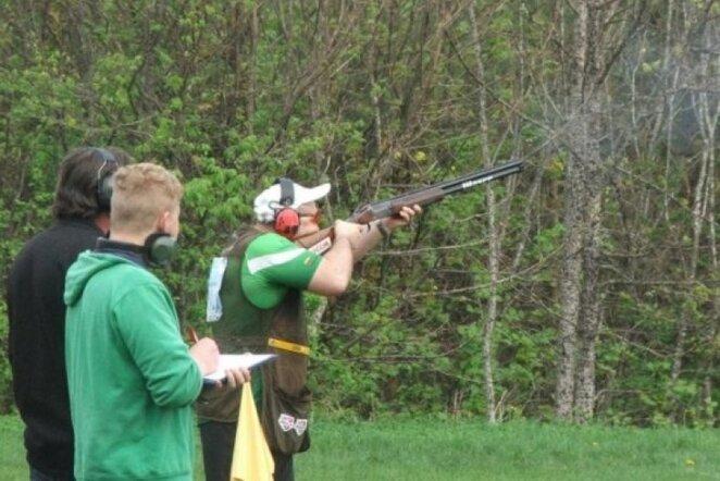 Šaudymas į skrendančius taikinius   shooting.lt nuotr.