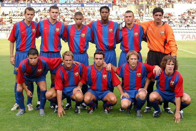 """Barcelonos"" komanda 2002-aisiais | Scanpix nuotr."