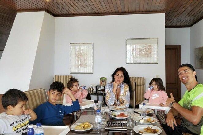 Cristiano Ronaldo su šeima | Instagram.com nuotr